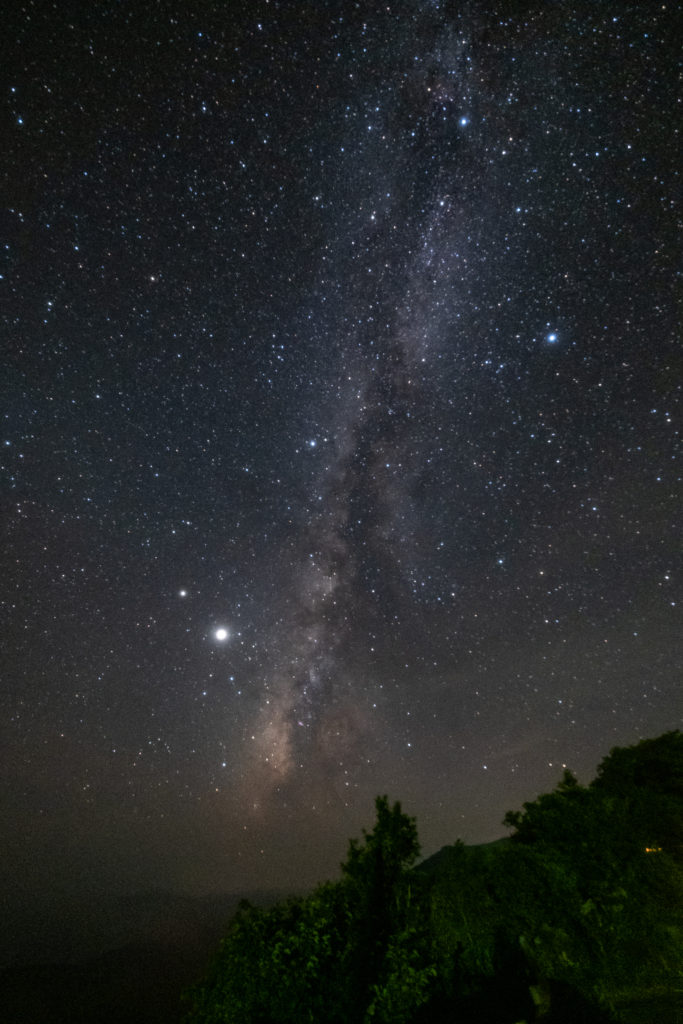 これは私のカメラで撮影した天の川です