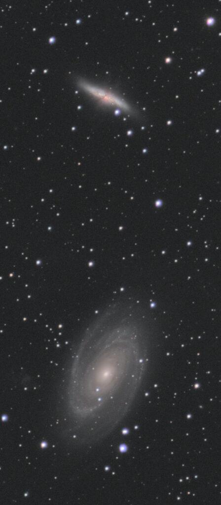 M82(上)とM81(下)